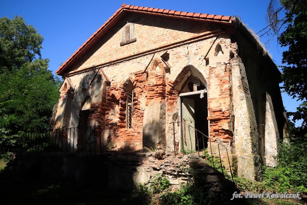 Ruiny skarbca w miejscowości Neple