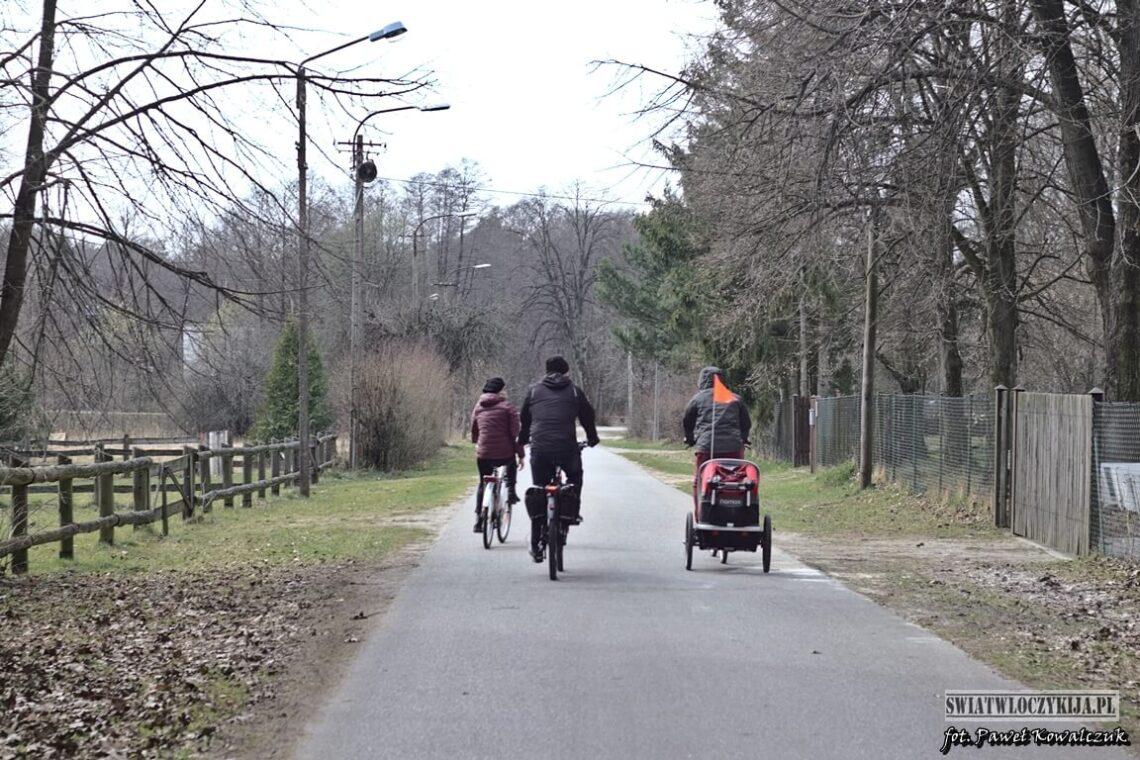 Rowerzyści w Lasy Kozłowieckie